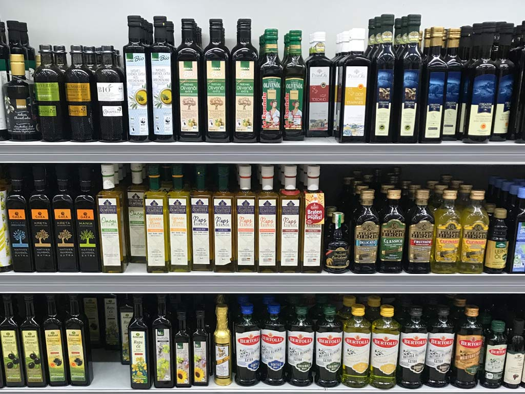 Olivenöl im Supermarkt